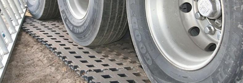 heavy duty trackway foundation systems